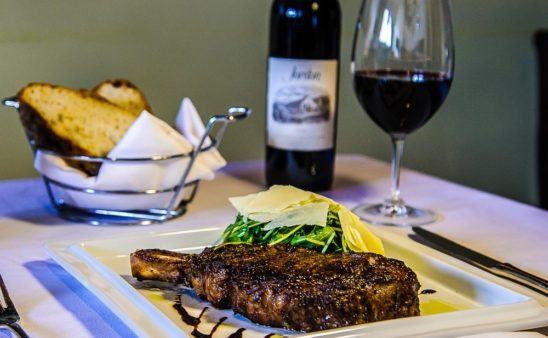 What Foods Pair Best with Red Wine